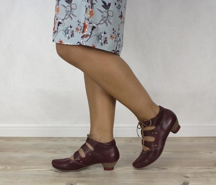 AID 632 THINK Aida 82256 72 Ankle Pumps rot